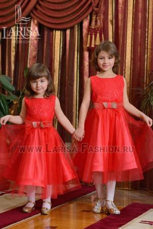 Детское платье Клубничка